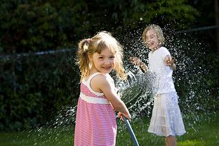 wpid-pedo-kidsplaying-smiling.jpg