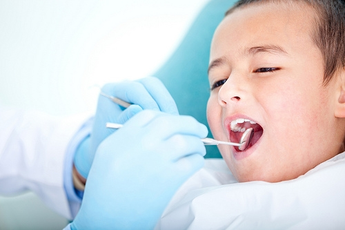 Use Pediatric Dentists to Treat Children