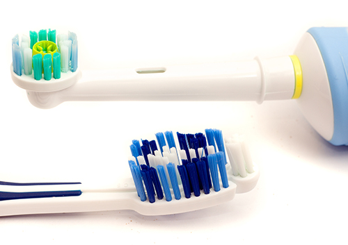 why are electric toothbrushes better than manual